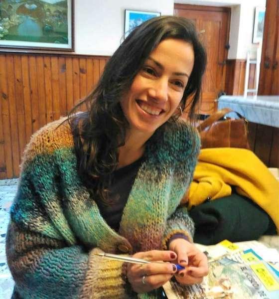 La antropologa valiente que desarrolla su tesis en Cangas de Onís