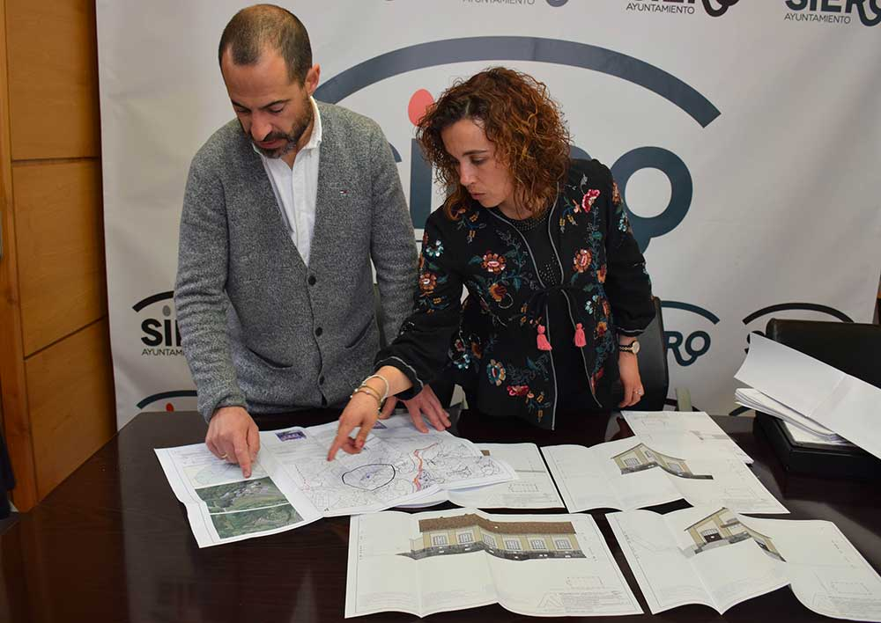 Siero proyecta un vivero de empresas con la reforma de dos edificios del Pozo Siero de Lieres