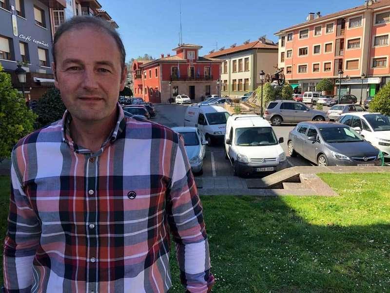 «En Parres, votar a Foro es lo mismo que votar al PSOE»