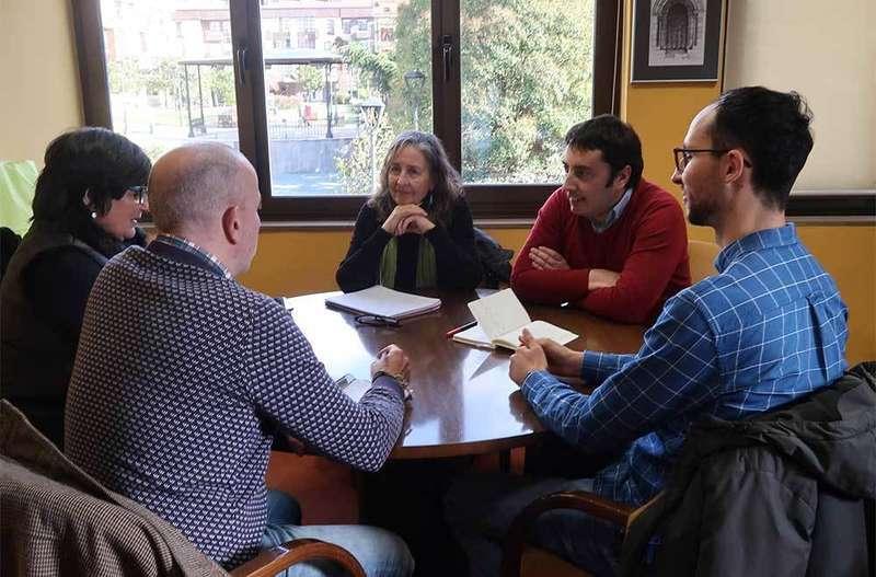Reunión de la alcaldía de Llanera