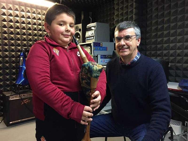 Pedro Pangua vuelve a formar parte del profesorado de la Escuela de Música de Llanera