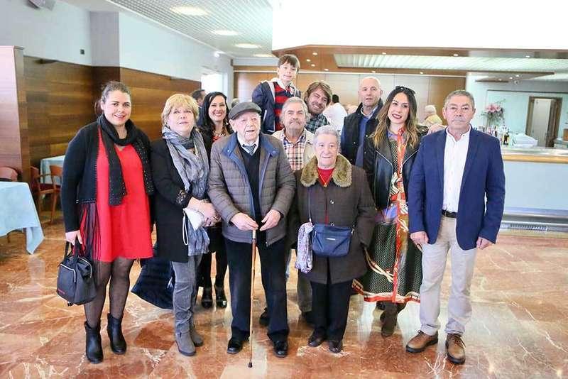 La Asociación de Jubilados de Lugones homenajea a Alejandro Rubio
