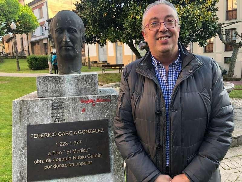 Juan Ramón Gonzalez, edil del PP en Villaviciosa, deja la primera línea política