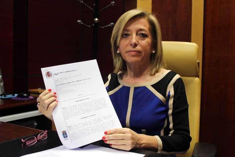 Sobreseída la causa por prevaricación contra la alcaldesa de Noreña, Amparo Antuña