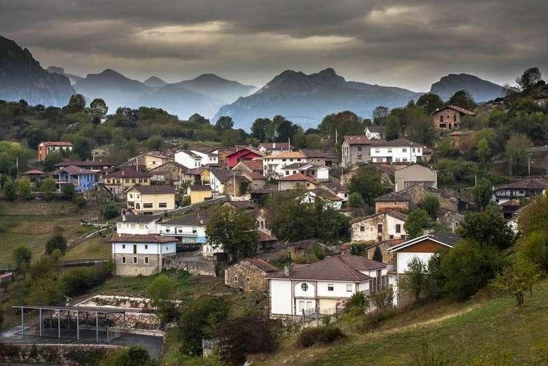 Asiegu, en Cabrales, Pueblo Ejemplar de Asturias 2019