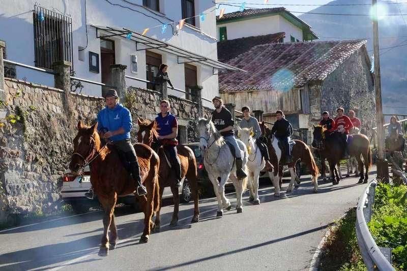 caballos-aguinal-ponga