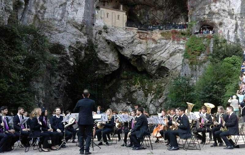 banda-musica-noreña-covadonga