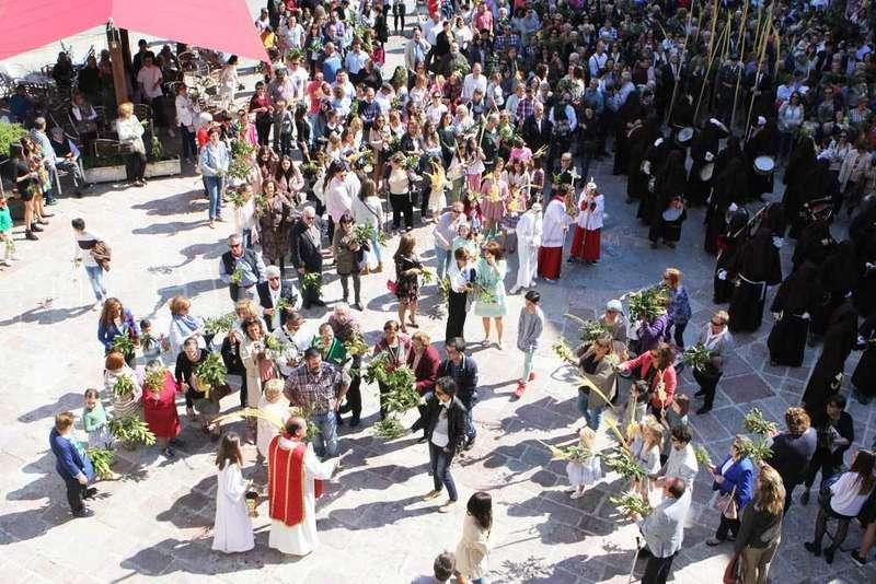 bendición-ramos-plaza-ayuntamiento-infiesto