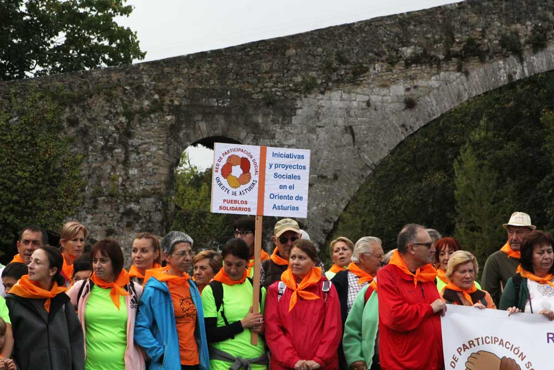 caminata-solidaria-cangas-onis