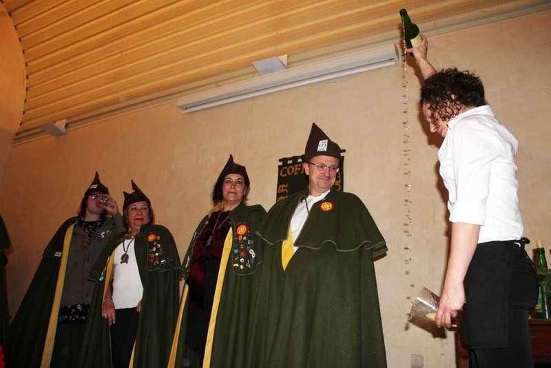 siceratores-asturias-escanciando