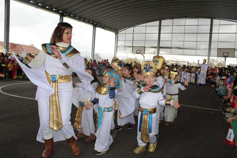 carnaval colegio lugo de llanera