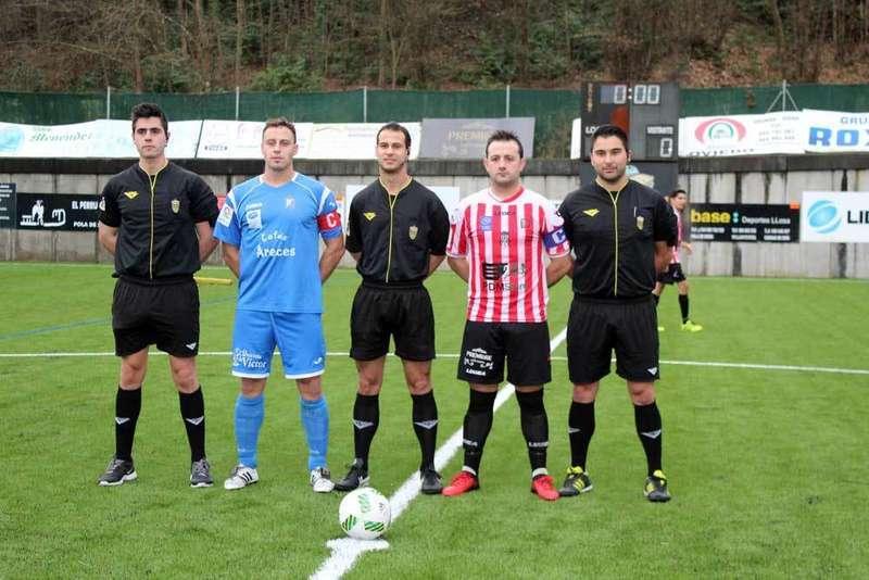arbitros y jugadores del romanón