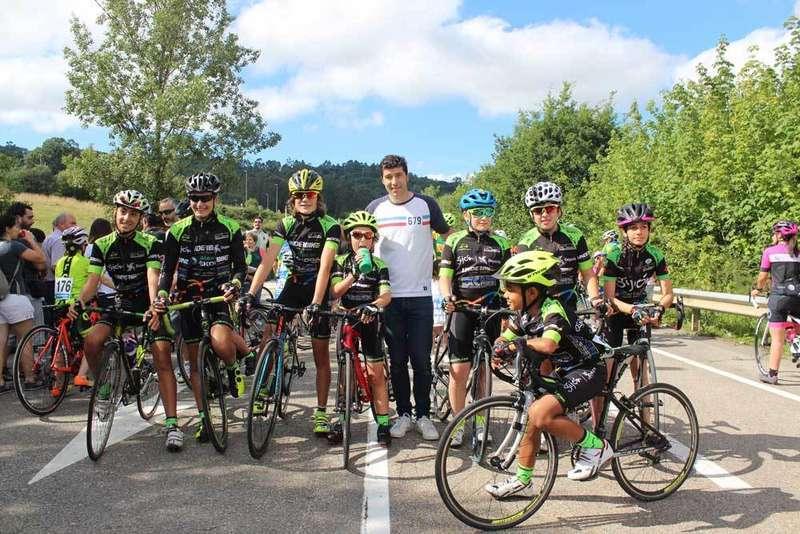 pista-ciclismo-atletismo-chechu-rubiera