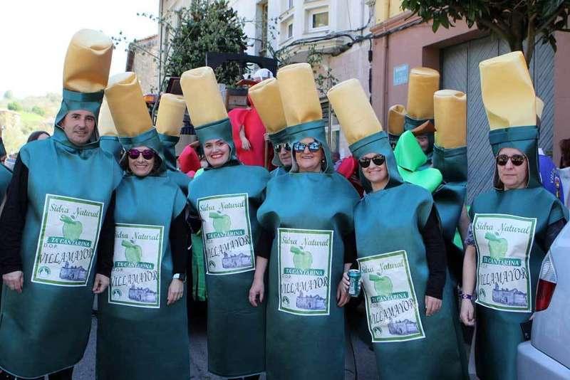 desfile-infiesto-piragues