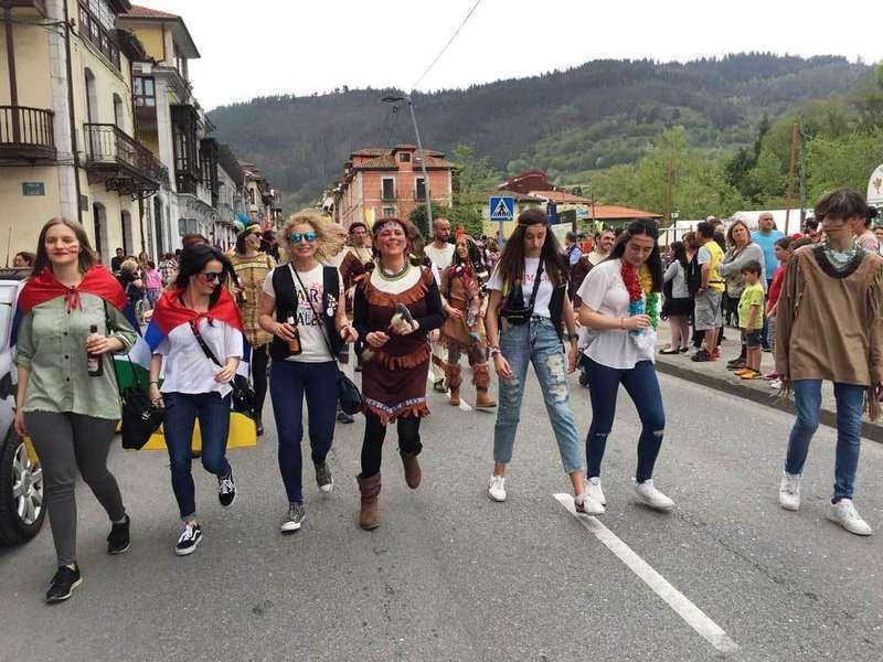 desfile-descenso-rio-piloña