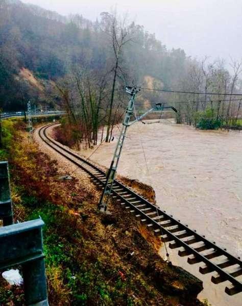 inundaciones-tren-feve