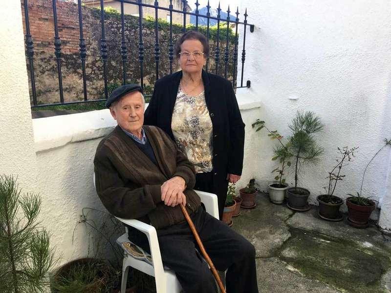 sesenta y cinco años casados