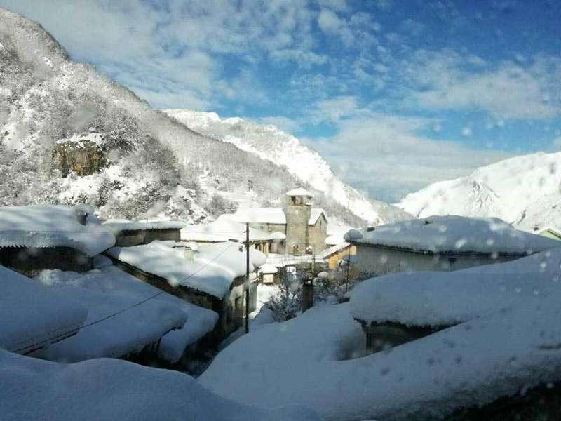 tejados-nieve-sobrefoz-ponga