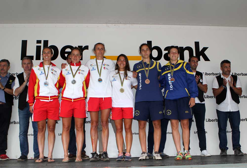 podium-sella-femenino
