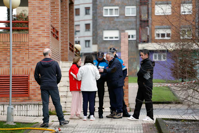 policia local de siero y vecinos afectados incendio
