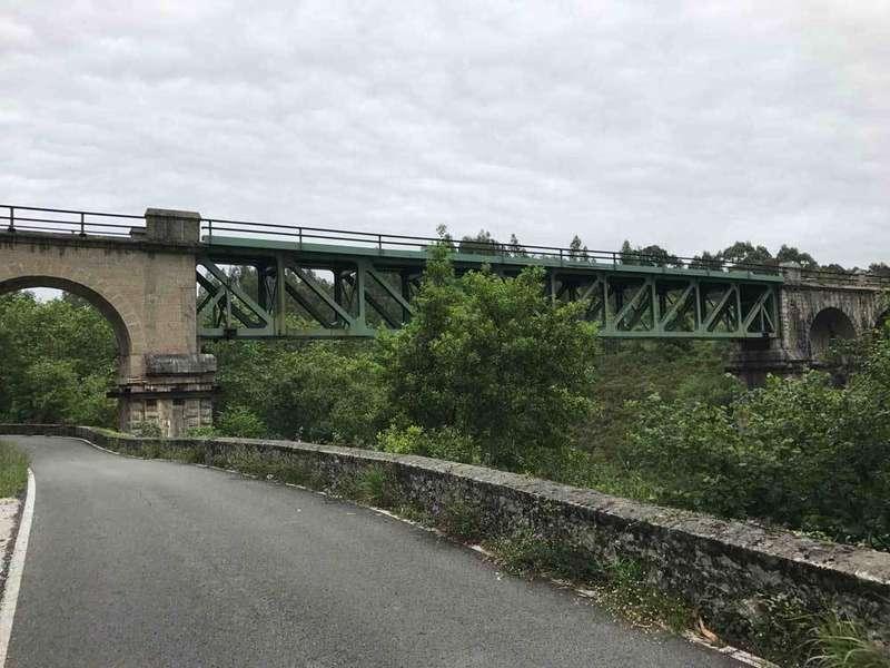 puente-ferrocarril-rio-puron