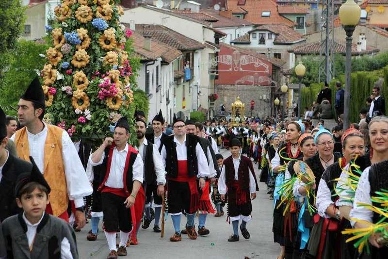 procesión-cangas-onis-san-antoniu