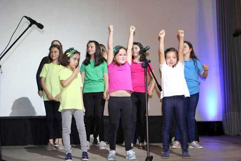pregón-san-antoniu-coro-escuela-musica