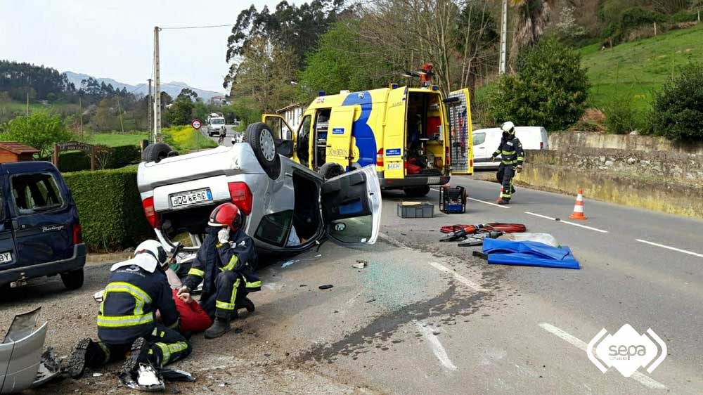 accidente-trafico-posada-llanes-02